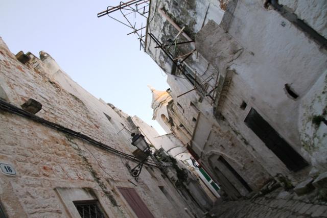 il borgo intorno al castello
