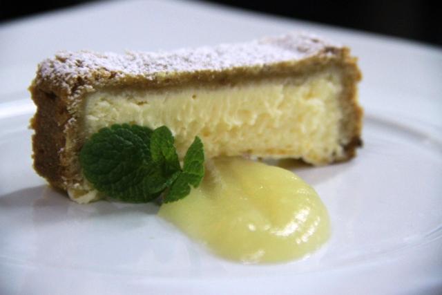 cheese cake, purea di mele e balsamico