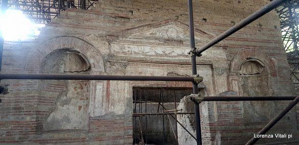 Le antiche anfore di Villa Augustea